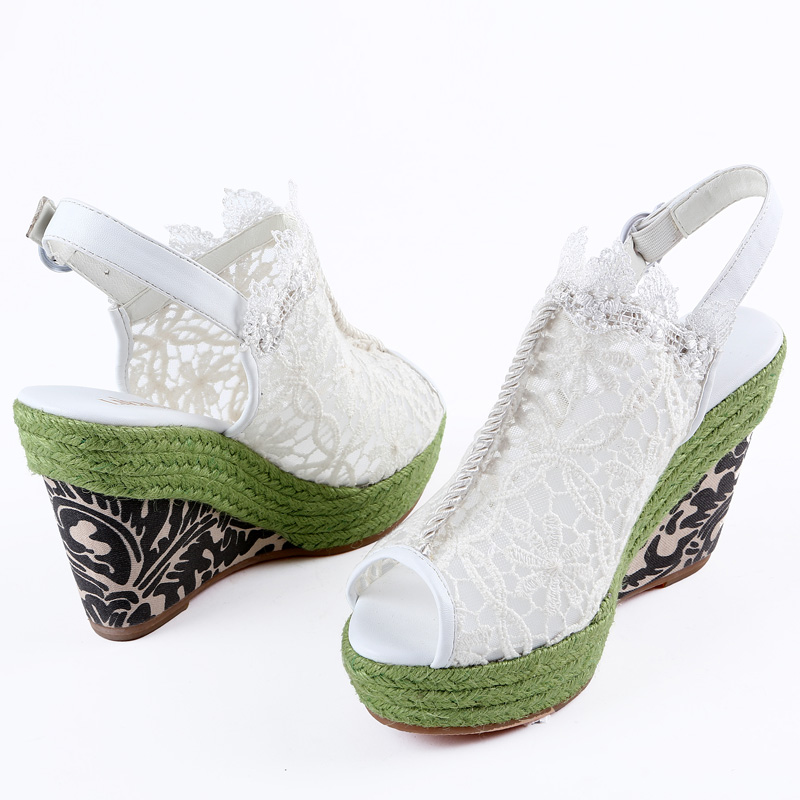 裂帛2015新款 高防水台蕾丝面 绿色坡跟凉鞋