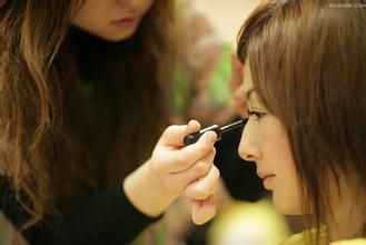 6个化妆师们的美妆小秘诀